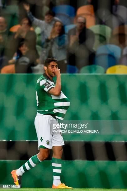 Sporting's Argentine midfielder Alan Ruiz celebrates after scoring during the Portuguese league football match Sporting CP vs Boavista FC at the Jose...