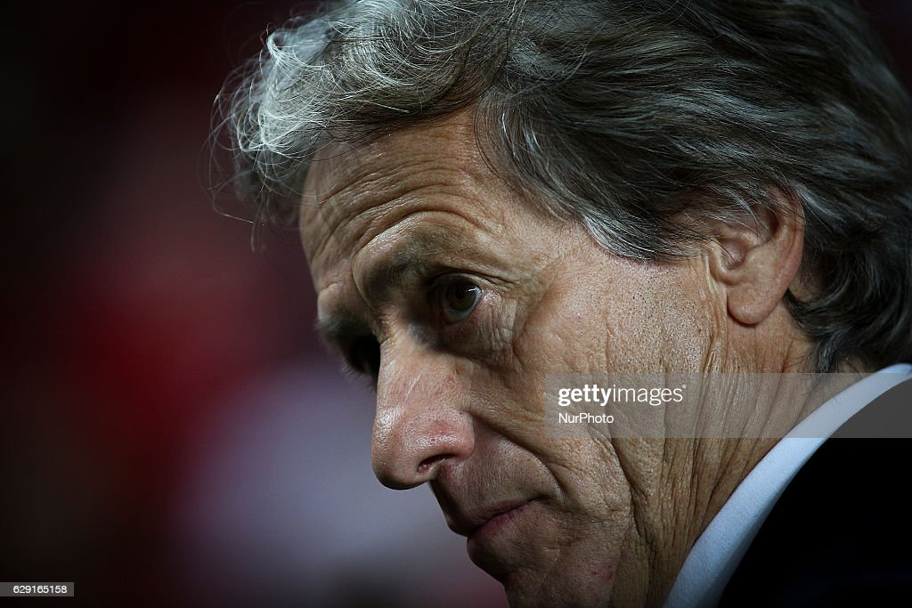 Sporting's coach Jorge Jesus reacts during the Portuguese League football match between SL Benfica and Sporting CP at Luz Stadium in Lisbon on December 11, 2016.