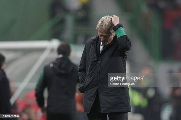 Sporting's coach Jorge Jesus reacts to Benfica«s goal during the match between Sporting CP and SL Benfica for the Portuguese Primeira Liga at Jose...