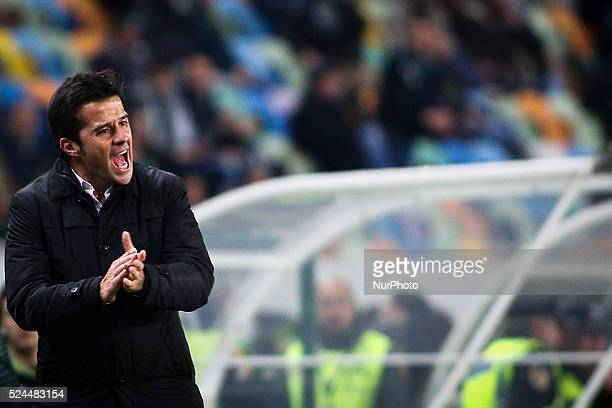 Sporting's coach Marco Silva reacts during the Portuguese League football match between Sporting CP and Estoril Praia at Jose Alvalade Stadium in...