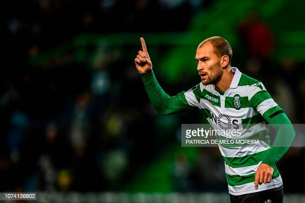 Sporting's Dutch forward Bas Dost gestures during the Portuguese League football match between Sporting Lisbon and Nacional at the Jose Alvalade...