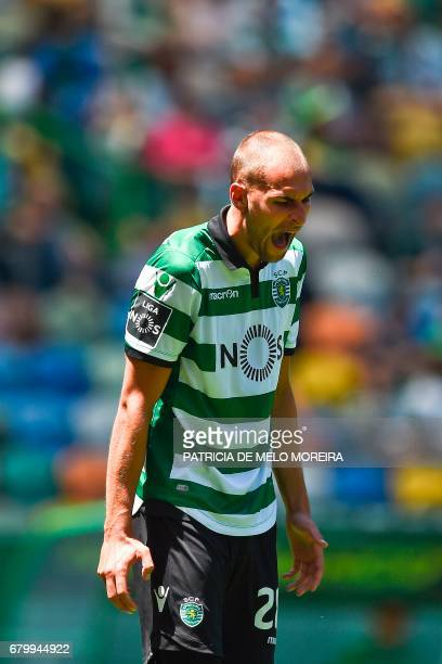 Sporting's Dutch forward Bas Dost shouts after missing a goal opportunity during the Portuguese league football match Sporting CP vs OS Belenenses at...