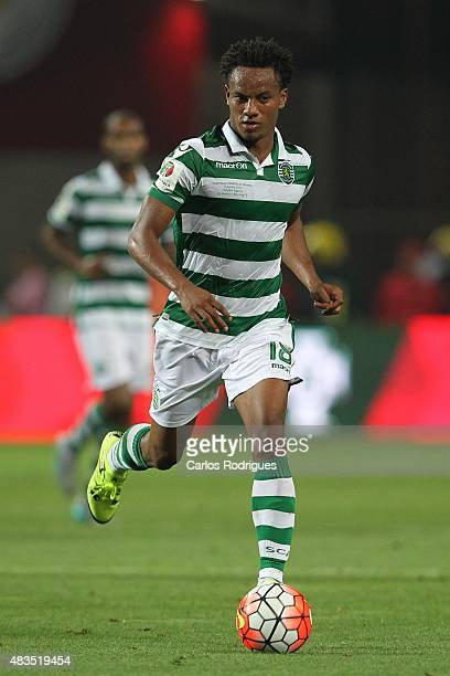 Sporting's forward Andre Carrillo during the Portuguese Super Cup match between SL Benfica and Sporting CP at Estadio Algarve on August 9 2015 in...