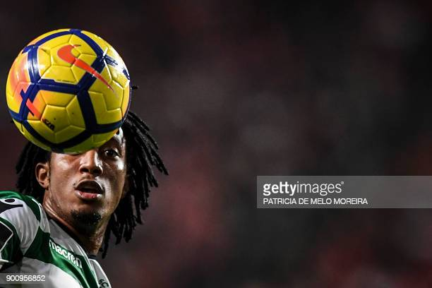 Sporting's forward Gelson Martins controls the ball during the Portuguese league football match SL Benfica vs Sporting CP at the Luz stadium in...