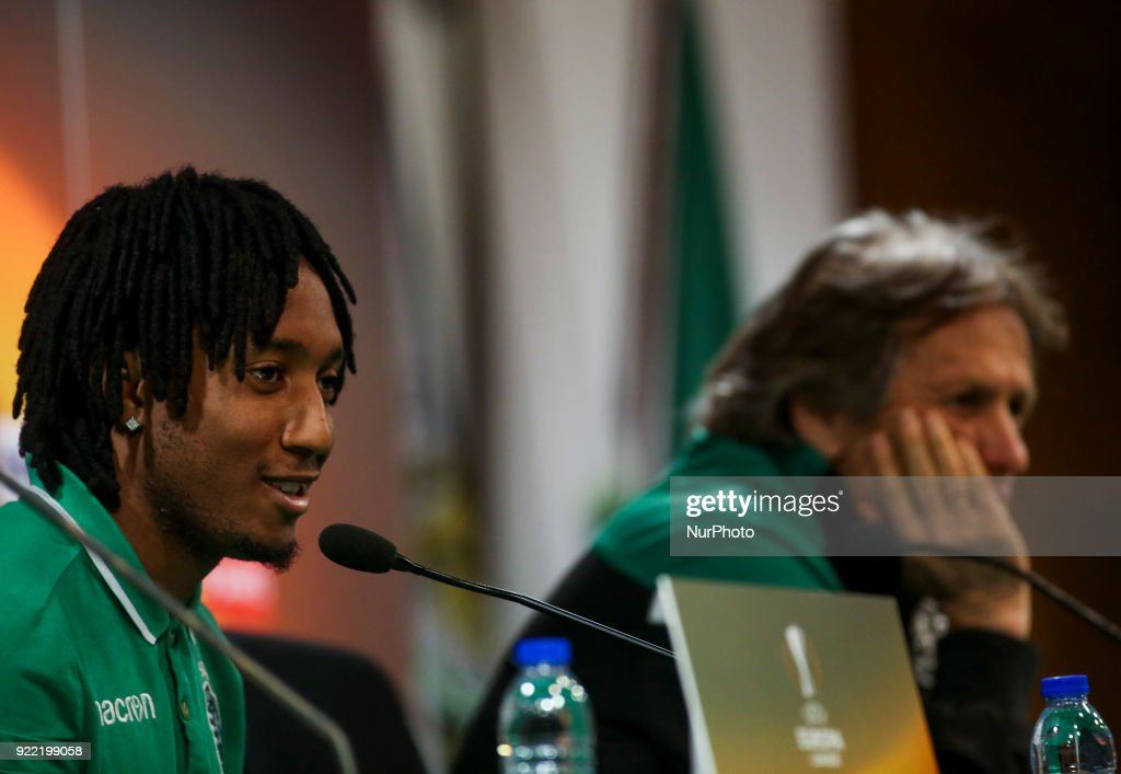 Sporting's forward Gelson Martins (L) gives a press conference next to Sporting's coach Jorge Jesus in Lisbon on February 21, 2018 on the eve of the UEFA Europa League round of 32 second leg football match between Sporting CP and FC Astana.