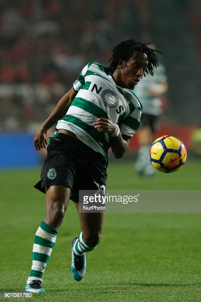 Sporting's forward Gelson Martins in action during Primeira Liga 2017/18 match between SL Benfica vs Sporting CP in Lisbon on January 3 2018
