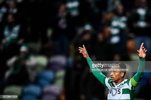 Sporting's forward Nani celebrates after scoring during the Portuguese League football match Sporting CP vs CD Aves at Alvalade stadium in Lisbon on...