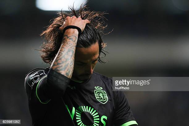 Sporting's Italian defender Ezequiel Schelotto during the Premier League 2016/17 match between Boavista FC and Sporting CP at Bessa XXI Stadium in...