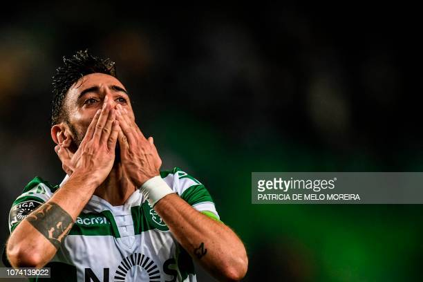 Sporting's midfielder Bruno Fernandes celebrates a goal during the Portuguese League football match between Sporting Lisbon and Nacional at the Jose...