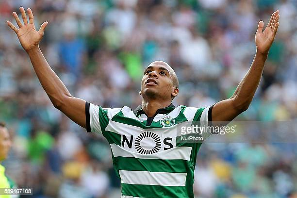 Sporting's midfielder Joao Mario from Portugal in action during the Premier League 2016/17 match between Sporting CP vs Maritimo at Estádio Jose...