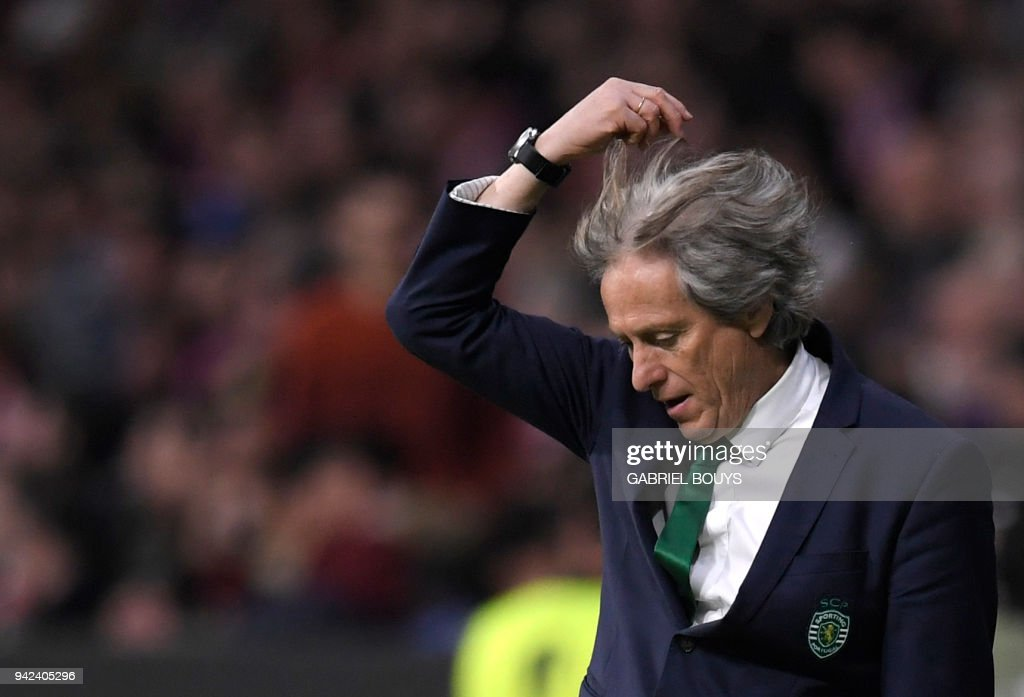Sporting's Portuguese coach Jorge Jesus gestures during the UEFA Europa League quarter-final first leg football match between Club Atletico de Madrid and Sporting CP at the Wanda Metropolitano Stadium in Madrid on April 5, 2018. /