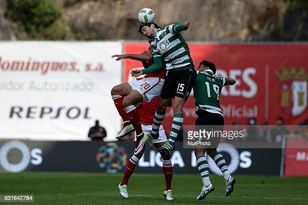 Sporting's Portuguese defender Paulo Oliveira vies with Benfica's Portuguese forward Gon��alo Guedes and Sporting's Colombian forward Te��filo...