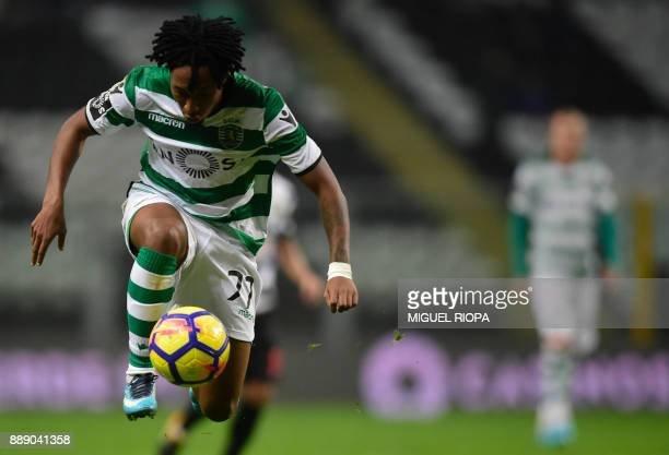 Sporting's Portuguese forward Gelson Martins controls the ball during the Portuguese league football match between Boavista and Sporting Lisbon at...