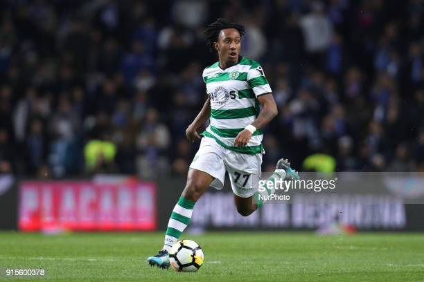Sporting's Portuguese forward Gelson Martins in action during the Portuguese Cup 2017/18 match between FC Porto and Sporting CP at Dragao Stadium in...