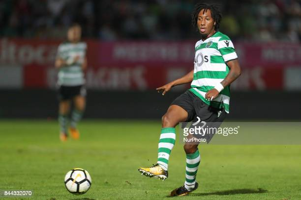 Sporting's Portuguese forward Gelson Martins in action during the Premier League 2017/18 match between CD Feirense and Sporting CP at Marcolino de...