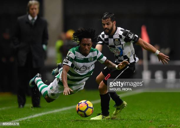 Sporting's Portuguese forward Gelson Martins vies with Boavista's Portuguese defender Vitor Bruno during the Portuguese league football match between...