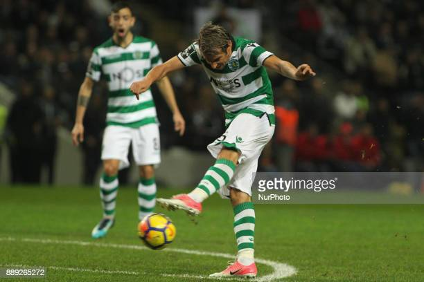 Sporting's Portuguese midfielder Fabio Coentrao during the Premier League 2017/18 match between Boavista FC and Sporting CP at Bessa XXI Stadium in...
