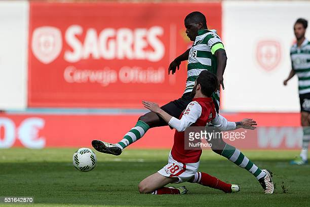 Sporting's Portuguese midfielder William Carvalho vies with Braga's Portuguese midfielder Rafa Silva during the Premier League 2015/16 match between...