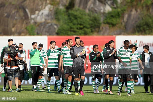 Sporting's team reacts in the end of game during the Premier League 2015/16 match between SC Braga and Sporting CP at AXA Stadium in Braga on May 15...