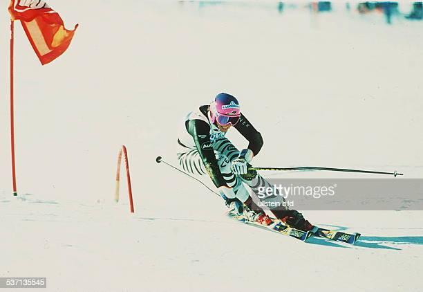 Sportlerin, Ski Alpin, D, in Aktion bei einem Riesenslalom in, Sölden - 1993