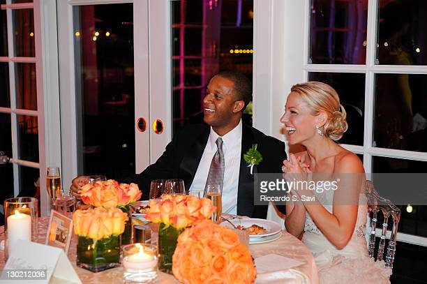 ESPN sports anchor Lindsay Czarniak and MSNBC anchor and NBC News correspondent Craig Melvin celebrate after their wedding at the Hay Adams on...