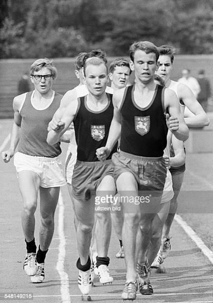 sports athletics Competition in Athletics 1966 of the Vest Recklinghausen in the Jahn Stadium in Bottrop track racing long distance men DBottrop Ruhr...