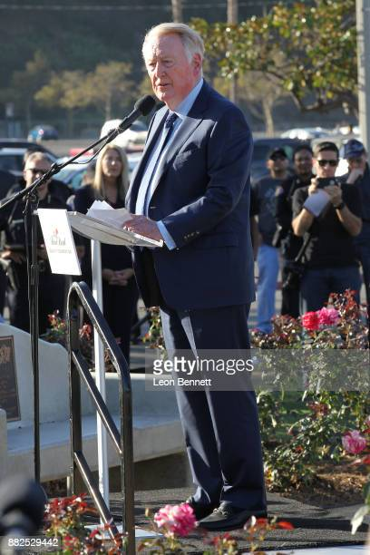Sports broadcaster Vin Scully attends as the Rose Bowl Legacy Foundation hosts the dedication of the Jackie Robinson Statue at Rose Bowl on November...