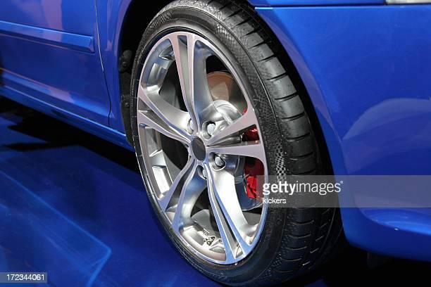 Sports car alloy wheel