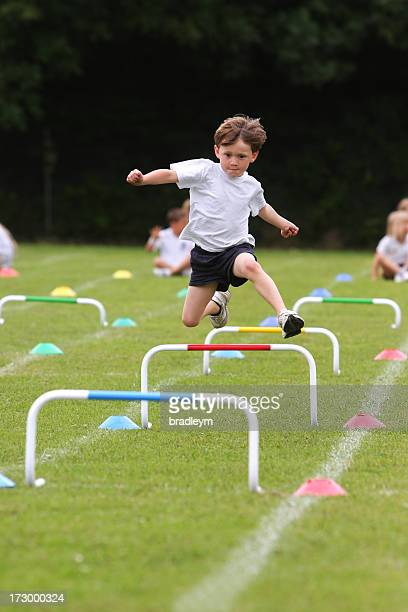 sports day - atletiek stockfoto's en -beelden