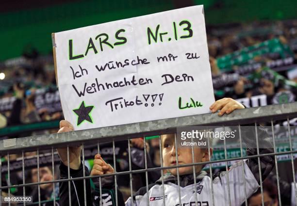 sports football Bundesliga 2015/2016 Borussia Moenchengladbach versus SV Darmstadt 98 32 Stadium Borussia Park football fans request for a players...