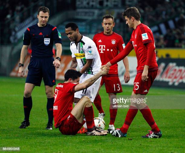 sports football Bundesliga 2015/2016 Borussia Moenchengladbach versus FC Bayern Muenchen 31 Stadium Borussia Park break fltr referee Felix Zwayer...