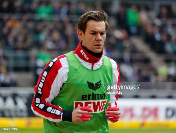 sports football Bundesliga 2015/2016 Borussia Moenchengladbach versus 1 FC Koeln 10 Stadium Borussia Park warmingup keeper Thomas Kessler