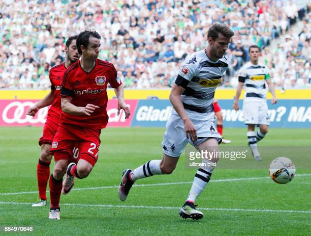 sports football Bundesliga 2015/2016 Borussia Moenchengladbach versus Bayer 04 Leverkusen 21 Stadium Borussia Park scene of the match Robbie Kruse...
