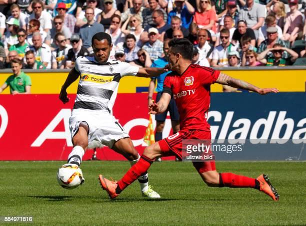 sports football Bundesliga 2015/2016 Borussia Moenchengladbach versus Bayer 04 Leverkusen 21 Stadium Borussia Park scene of the match Raffael left...