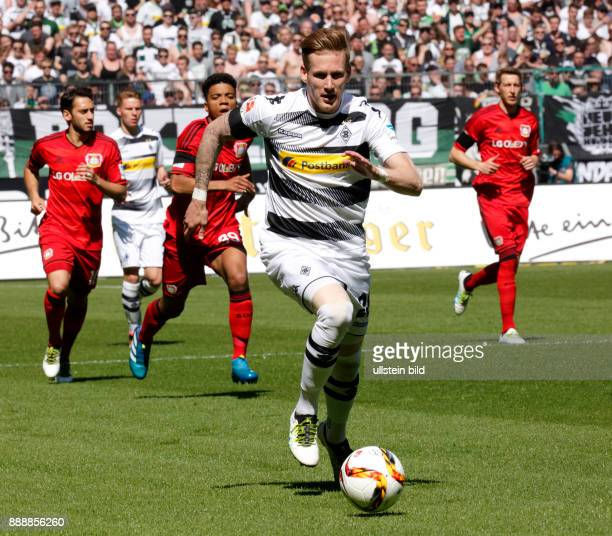 sports football Bundesliga 2015/2016 Borussia Moenchengladbach versus Bayer 04 Leverkusen 21 Stadium Borussia Park scene of the match Andre Hahn in...