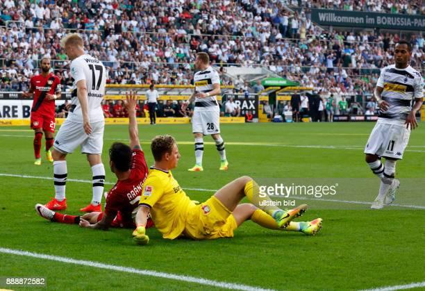 sports football Bundesliga 2016/2017 Borussia Moenchengladbach versus Bayer 04 Leverkusen 21 Stadium Borussia Park Timeout fltr Oemer Toprak Oscar...