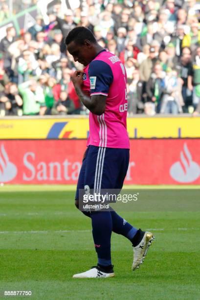 sports football Bundesliga 2016/2017 Borussia Moenchengladbach versus Hamburger SV 00 Stadium Borussia Park double jeopardy referee Wolfgang Stark...