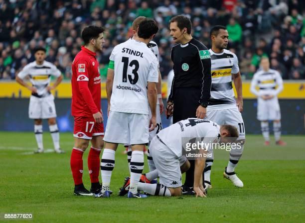 sports football Bundesliga 2016/2017 Borussia Moenchengladbach vs 1 FSV Mainz 05 10 Stadium Borussia Park time out fltr Jairo Samperio Bustara team...