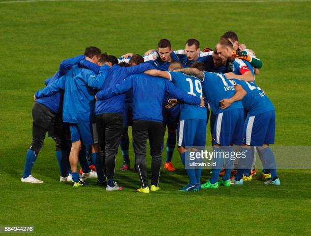 sports football Regional League West 2015/2016 Rot Weiss Oberhausen versus VfL Sportfreunde Lotte 20 Stadium Niederrhein in Oberhausen players...