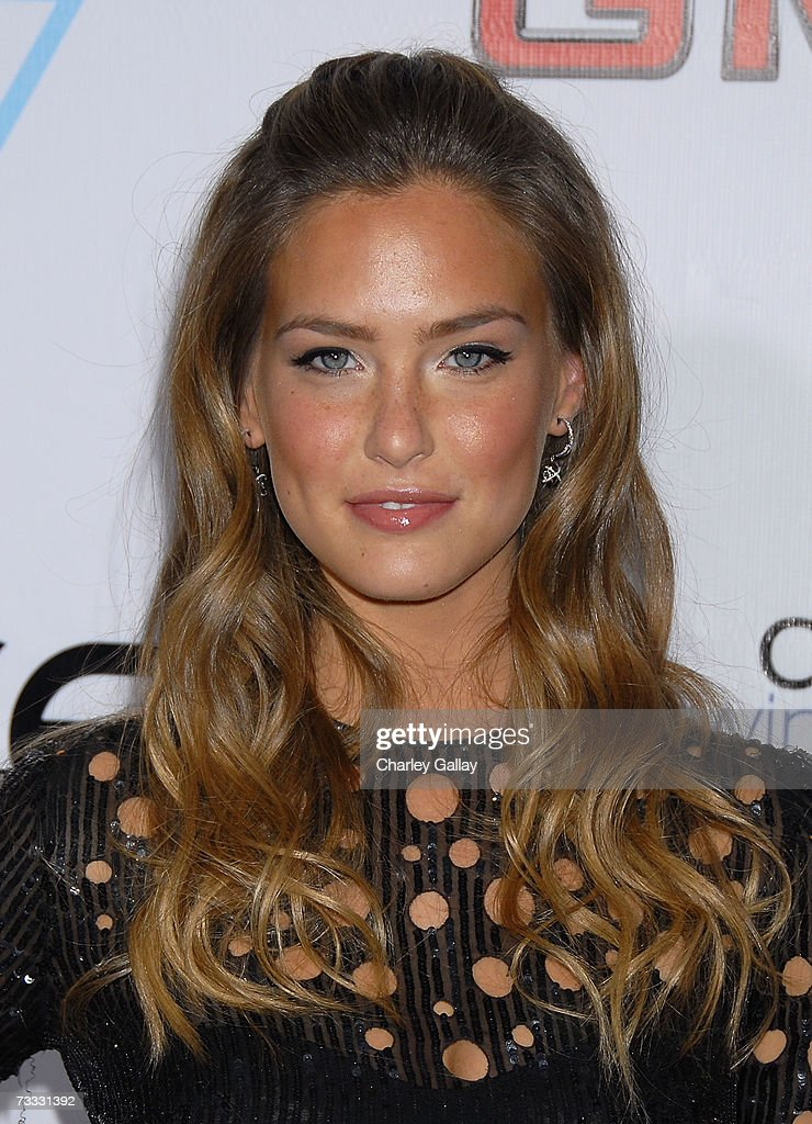 Sports Illustrated swimsuit issue model Bar Refaeli arrives at a reception celebrating the 2007 Sports Illustrated Swimsuit Issue in which singer Beyonce Knowles appears on the cover at the Pacific Design Center on February 14, 2007 in Los Angeles, California.