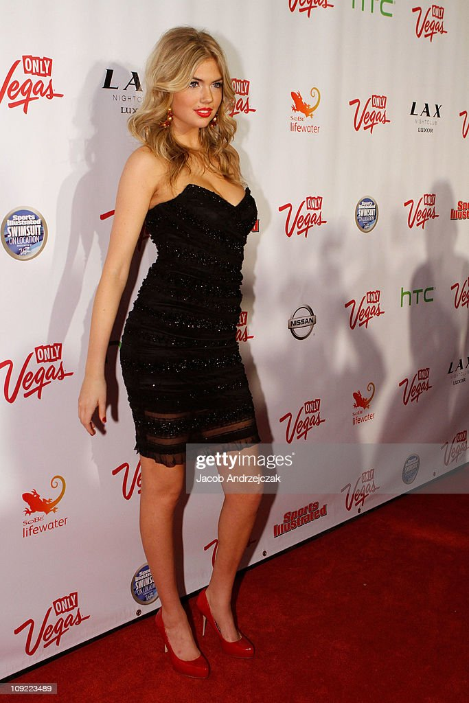 SI Swimsuit On Location Hosted By LAX Nightclub : News Photo