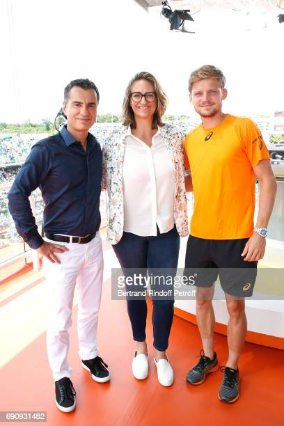 Sports Journalist Laurent Luyat Consultant of 'France Television' Mary Pierce and tennis player David Goffin pose during the 2017 French Tennis Open...