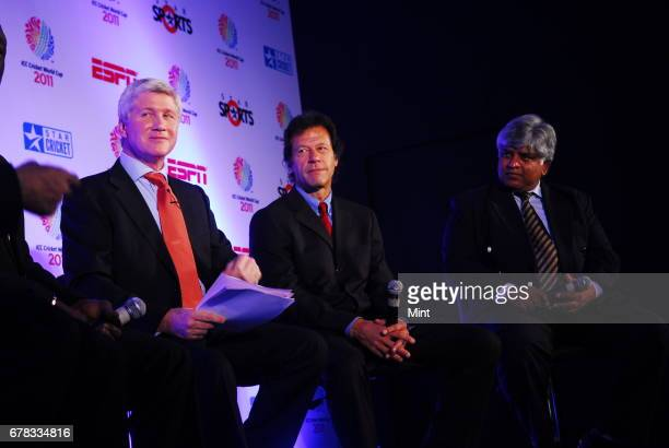 ESPN STAR Sports presenter Alan Wilkins Pakistan's Imran Khan and Sri Lanka's Arjuna Ranatunga all former captains that won the cricket world cup for...