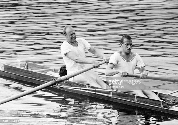 sports rowing International Rowing Regatta 1966 in Duisburg rowboat coxless paie men DDuisburg DDuisburgWedau Rhine Ruhr area North RhineWestphalia