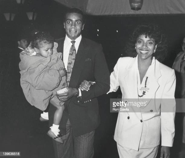 Sportscaster Ahamad Rashad actress Phylicia Rashad and daughter Condola Rashad attend the premiere of 'Oliver and Company' on November 13 1988 at the...