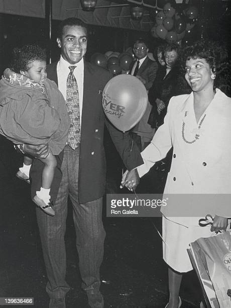 Sportscaster Ahmad Rashad actress Phylicia Rashad and daughter Condola Rashad attend the premiere of 'Oliver and Company' on November 13 1988 at the...