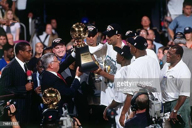 Sportscaster Ahmad Rashad interviews the 1999 NBA Finals MVP Tim Duncan of the 1999 NBA Champion San Antonio Spurs on June 25 1999 at Madison Square...
