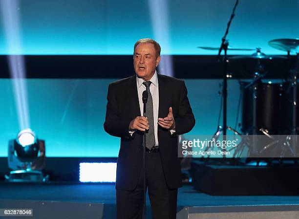 Sportscaster and show presenter Al Michaels speaks onstage during the NHL 100 presented by GEICO show as part of the 2017 NHL AllStar Weekend at the...