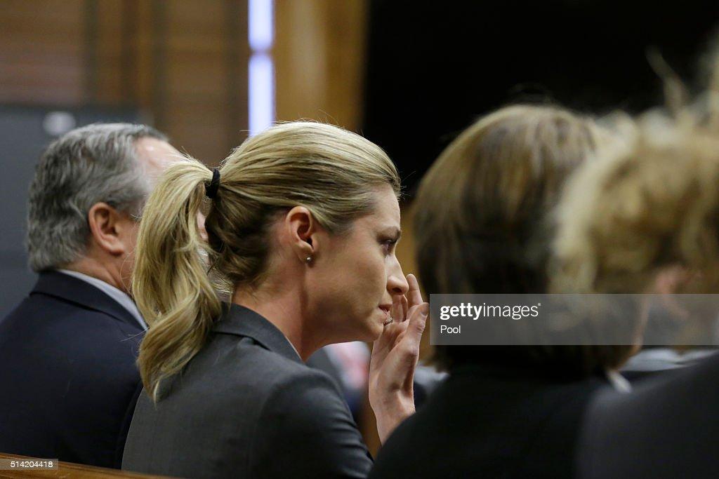 Jury Begins Deliberations In Erin Andrews Civil Suit : News Photo
