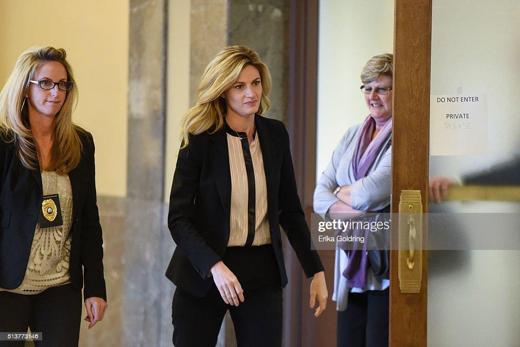 Erin Andrews awarded $55 million in peephole lawsuit